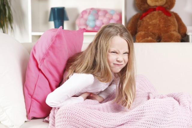 Гнойные выделения у девочки в 2, 3, 4, 5, 6, 7, 8, 9 лет: причины, чем лечить
