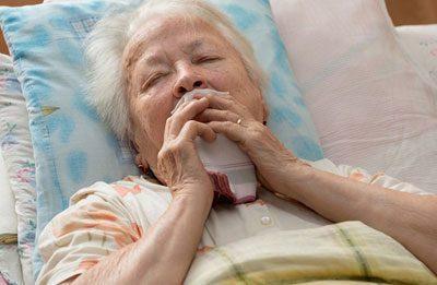 Застойная пневмония у пожилых, у лежачих больных: причины, симптомы, диагностика, лечение