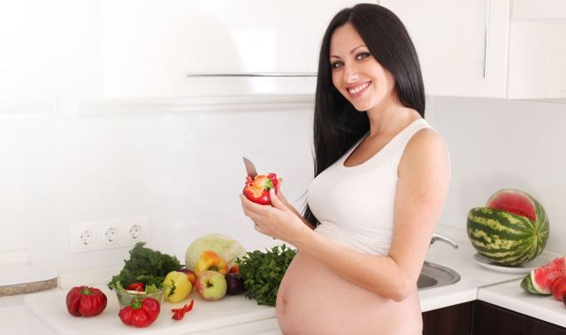 Язва желудка при беременности на ранних сроках, во 2 и 3 триместрах: диета, чем лечить