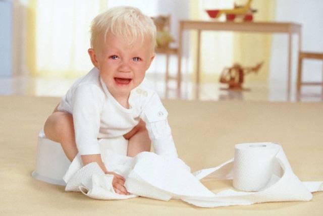 Воспаление головки члена и крайней плоти у ребенка с гноем: чем лечить, чем промывать