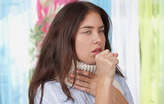 Лающий кашель раздирает легкие, как от него избавиться?