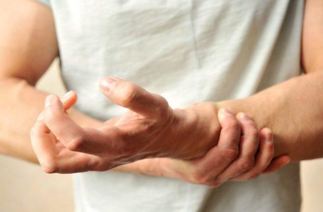 Понижены нейтрофилы в крови: что это значит у взрослых женщин, у мужчин, причины