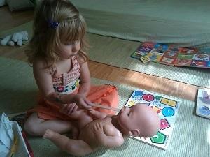 Повышены лейкоциты в моче у ребенка: что это значит, причины, о чем это говорит