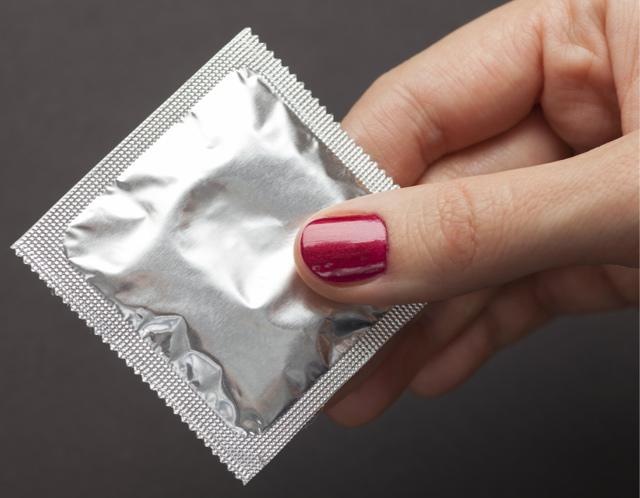 Возможно избежать ВИЧ при 3 половых актах с зараженной?