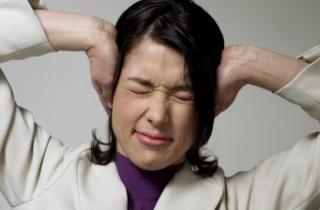 Отомикоз – симптомы и лечение, препараты для лечения грибка ушей.