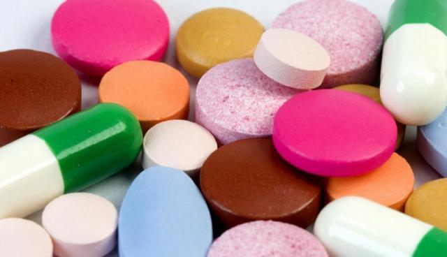 Давление 140 на 90: что значит, что делать, какие таблетки ...